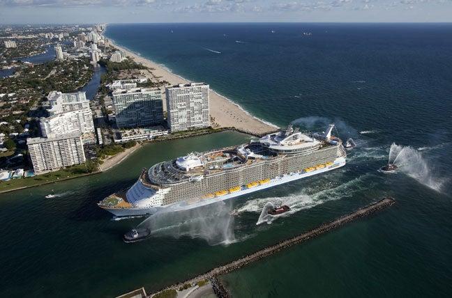 ¡Viajar en el barco más grande del mundo!