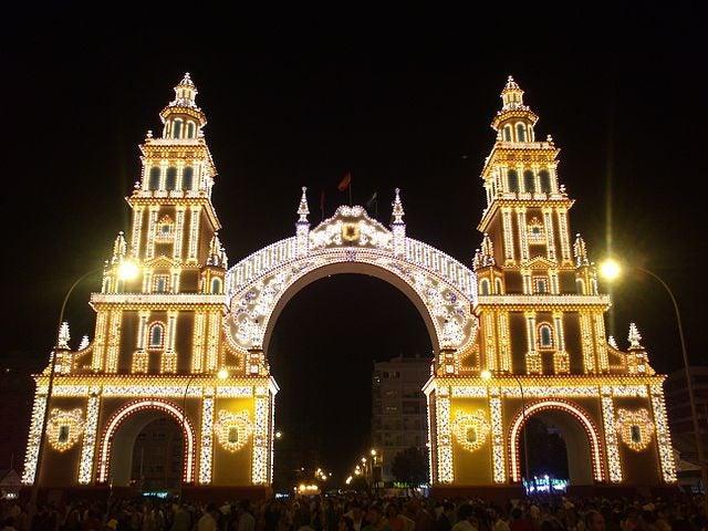 Feria de Abril Sevilla. Alumbrao
