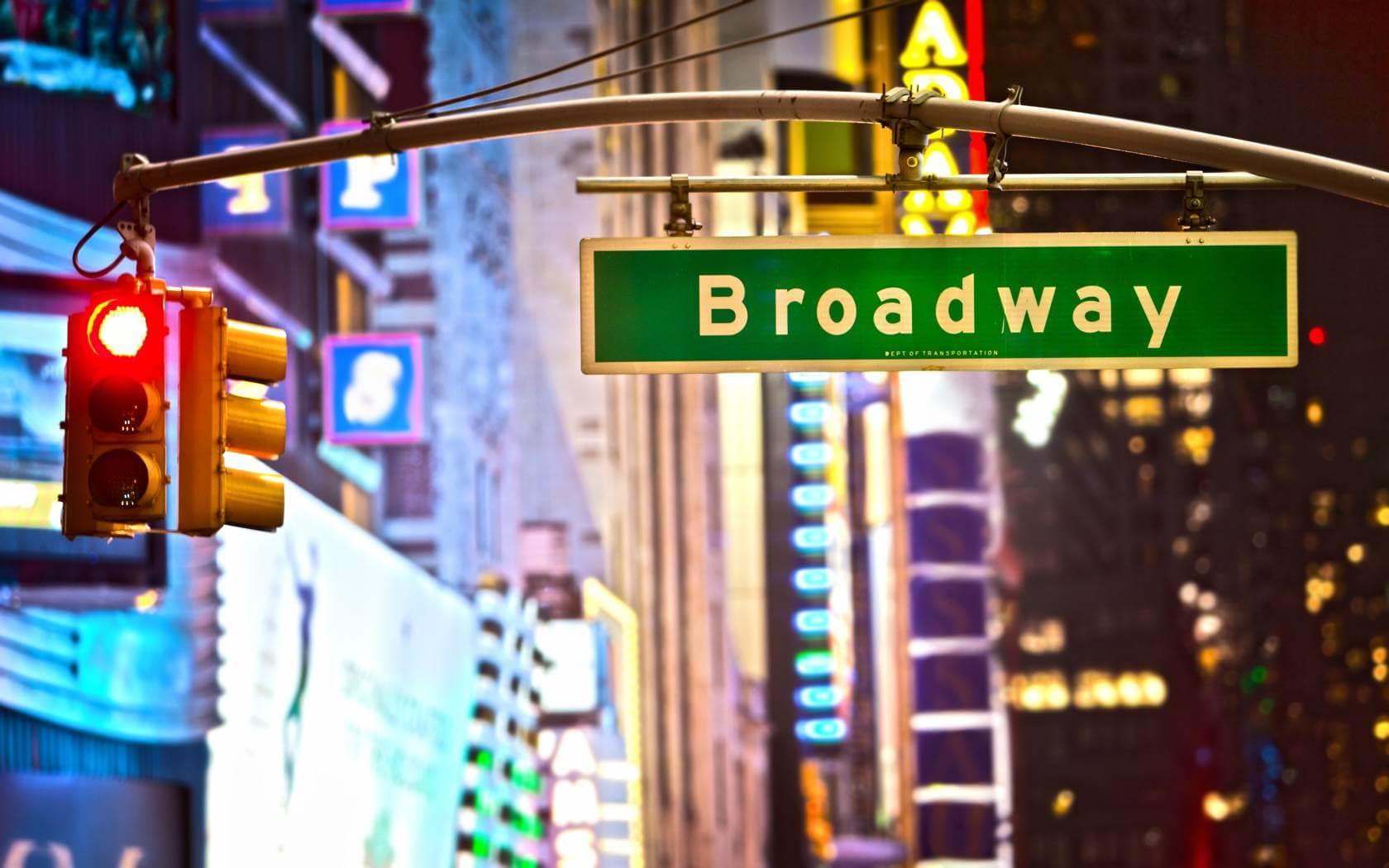 NYC_broadway_88961926