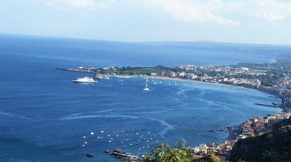 Playa de Taormina. Sicilia, Italia