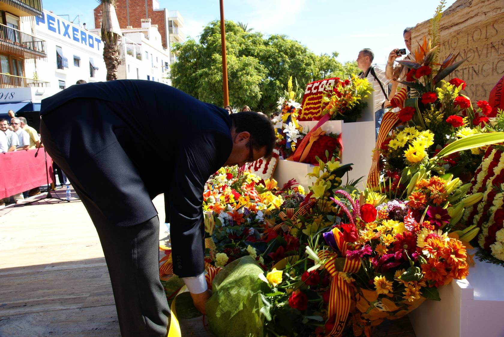 Diada Cataluña. Ofrenda floral