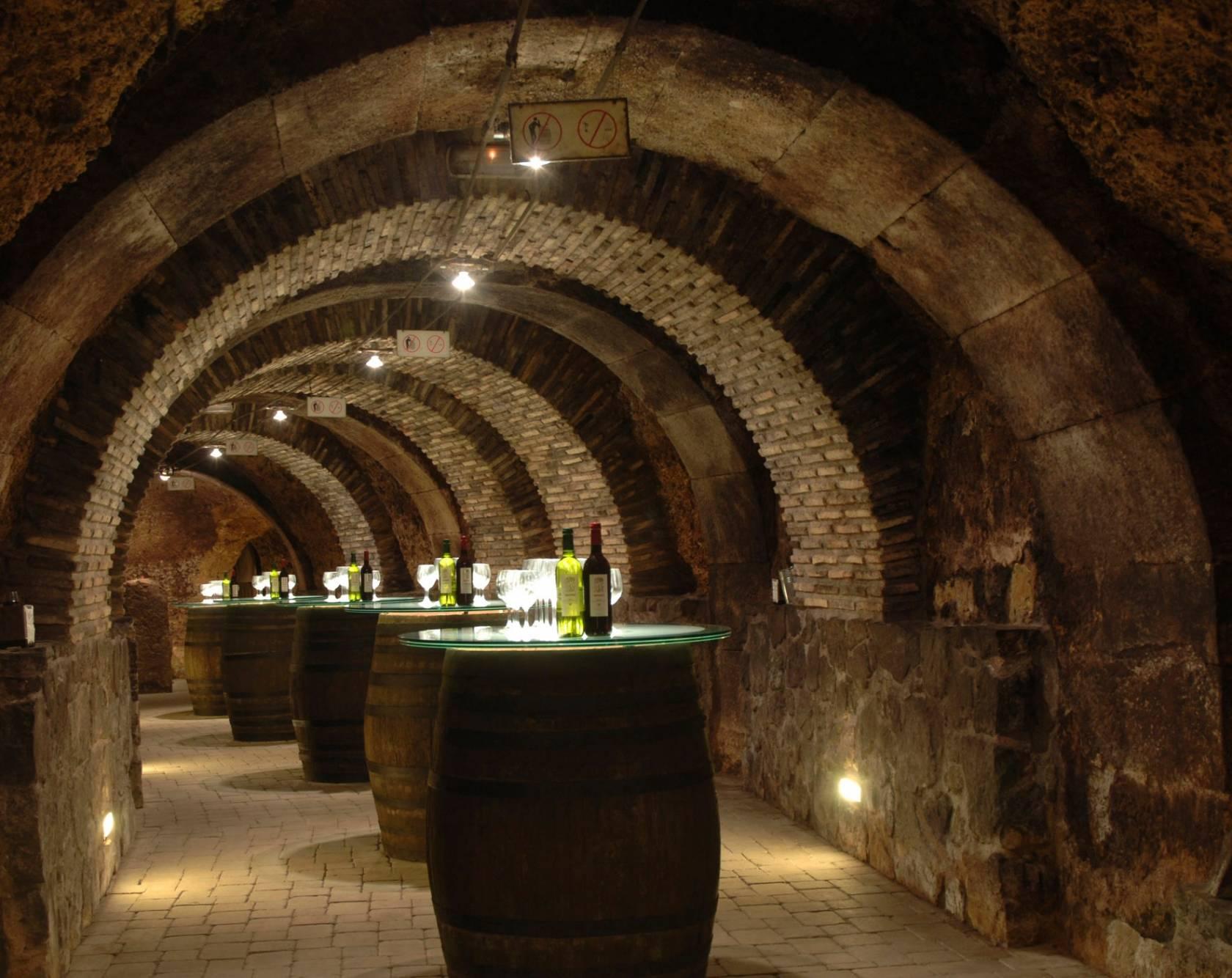 Quieres hacer una escapada la ruta del vino de rioja for Hoteles con encanto en la rioja alavesa
