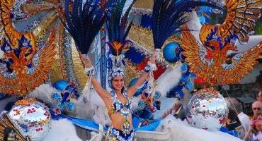 Disfraces, música y… ¡¡Carnaval, carnaval… Carnaval te quiero!!
