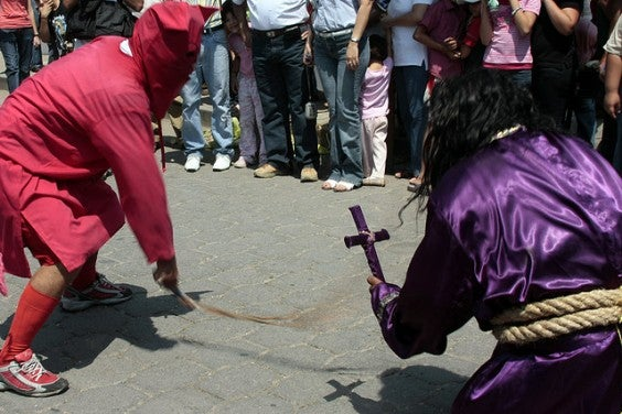 7 tradiciones curiosas de la Semana Santa en el mundo
