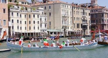 Déjate sorprender con la Vogalonga de Venecia, una carrera única
