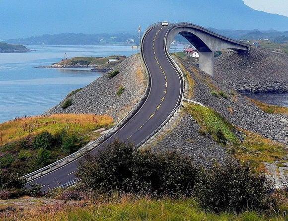 15 carreteras panorámicas para un road trip. Atlantic Road Noruega