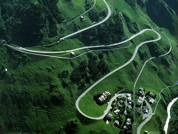 15 carreteras panorámicas para un road trip. Oberalp Pass Suiza