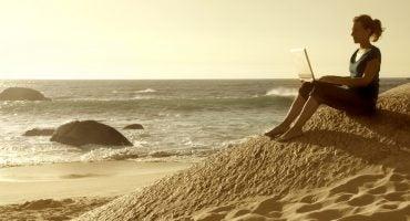 7 páginas web imprescindibles para consultar durante tus viajes