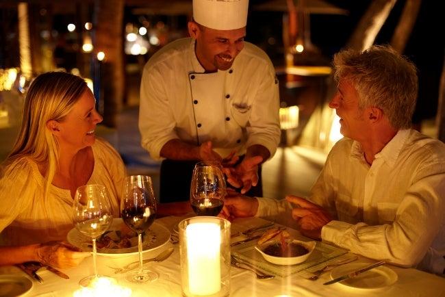 Una cena a la luz de las velas blog de viajes edreams - Cena romantica con velas ...