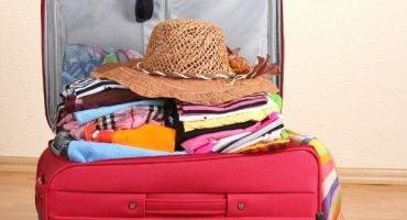 Medidas de maletas y equipaje de mano para volar con easyJet