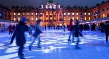 10 pistas de patinaje sobre hielo para estas Navidades