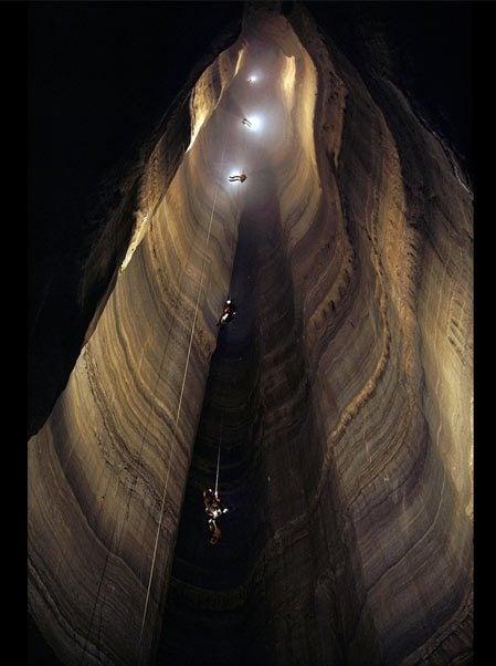 Cueva de los Cuervos, Georgia