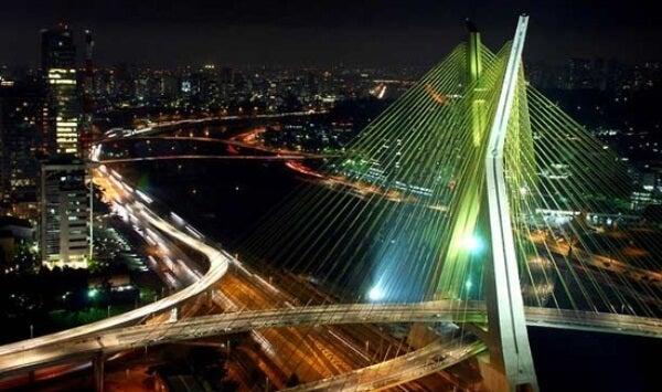 Puente Octavio Frias de Oliveira