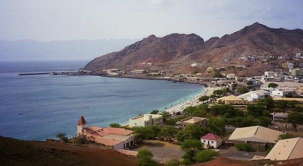 Bahia de Mindelo, Marruecos