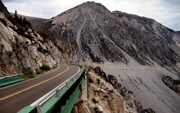 carretera tioga pass en california