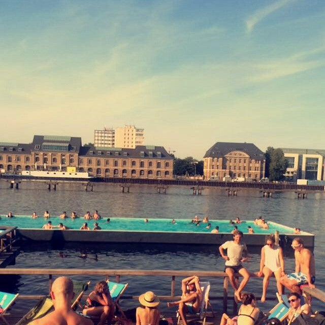 playa y piscina de berlin