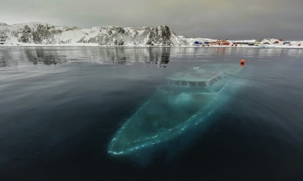Yate hundido Antártida