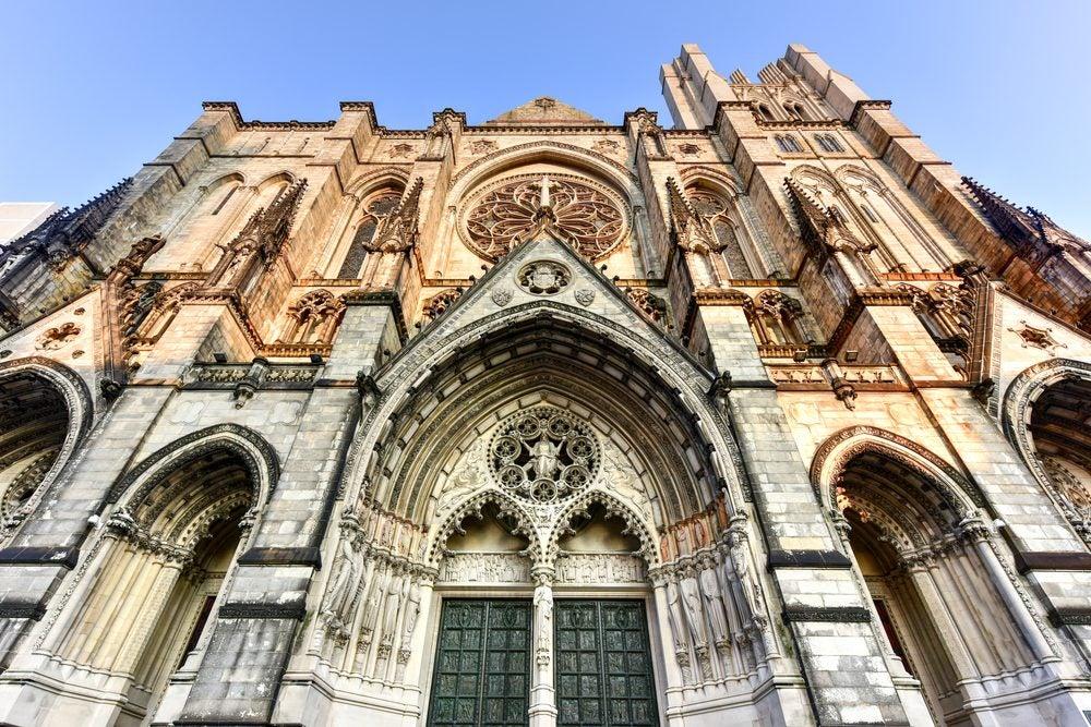 Iglesia San Juan Nueva York fachada