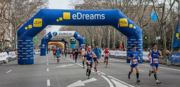 ¿Te apuntas a la fiebre del running? Corre la 'eDreams Mitja Marató de Barcelona'