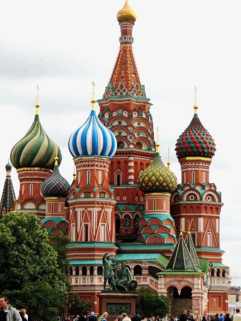 14 lugares perfectos para besar a tu pareja en San Valentín. Moscú