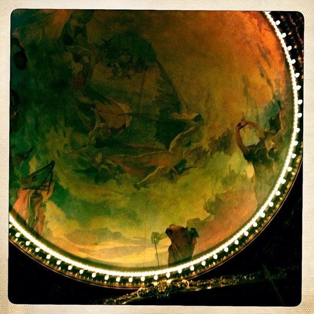 25 cosas que hacer en Oporto - teatro de san juan