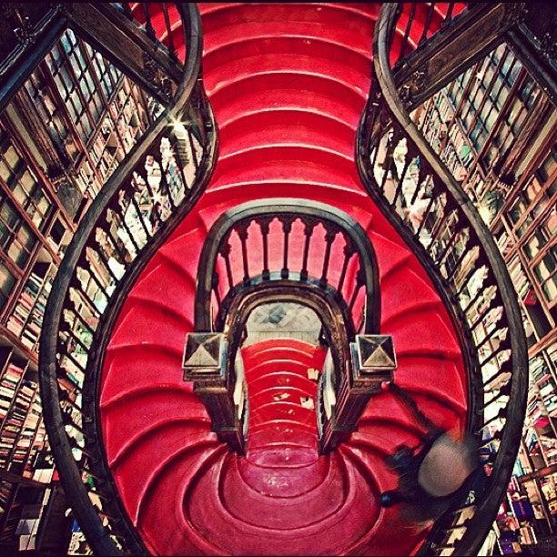 25 cosas que hacer en Oporto. librería lello oporto