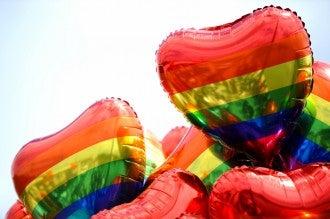 globos bandera orgullo gay