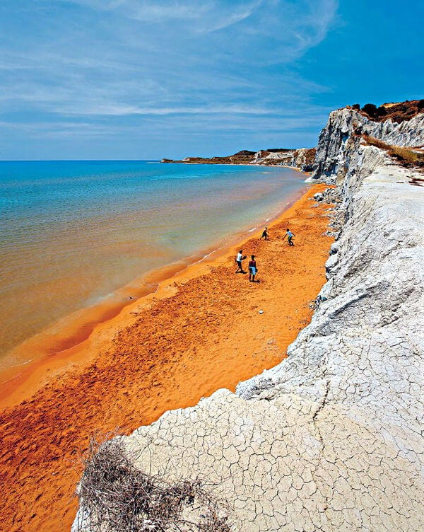 playa naranja kefalonia grecia