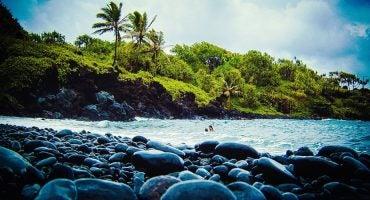 10 playas de piedras a las que sí querras ir