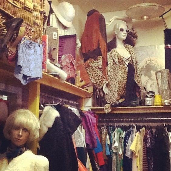 25 cosas que hacer en Londres. Charity Shops