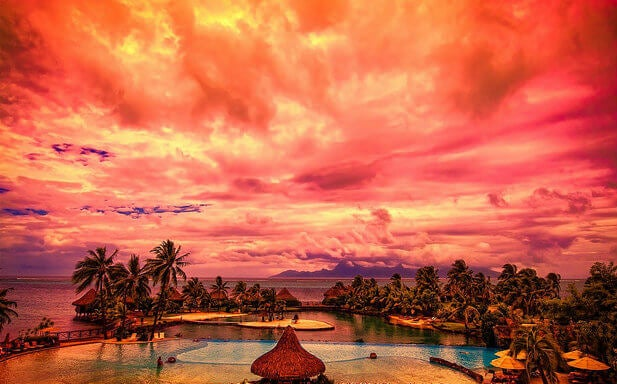 Puesta de sol en Tahiti