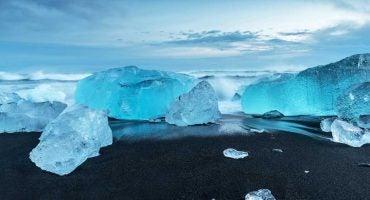 ¡Viaja a una tierra indómita! ¡Viaja a Islandia!