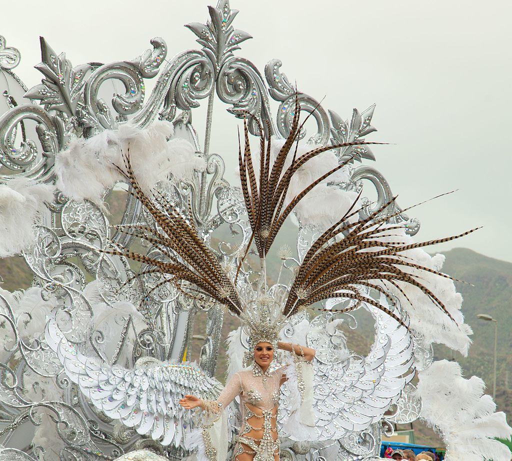 10 razones para visitar Tenerife. Carnaval de Santa Cruz de Tenerife