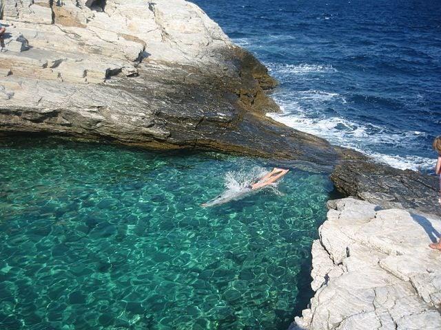 Las 20 piscinas naturales más originales del mundo. Grecia