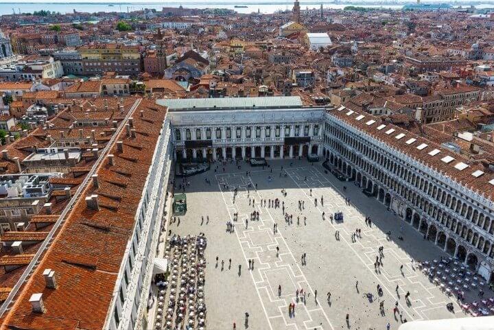 Vista de la plaza san marcos desde el campanario