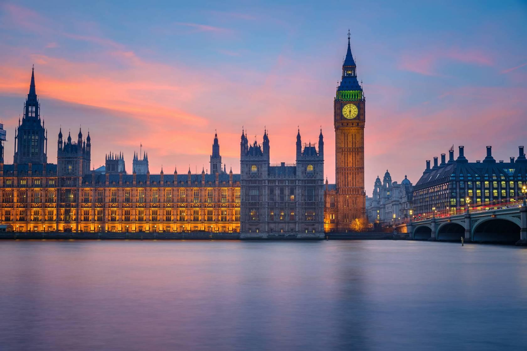 london_150106457