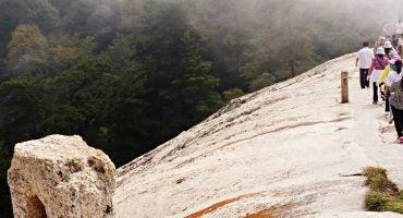 ¡Alerta vértigo! 5 rutas de senderismo sólo para valientes