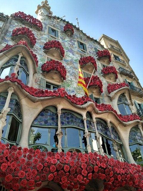 Sant Jordi en Cataluña. Casa Batlló