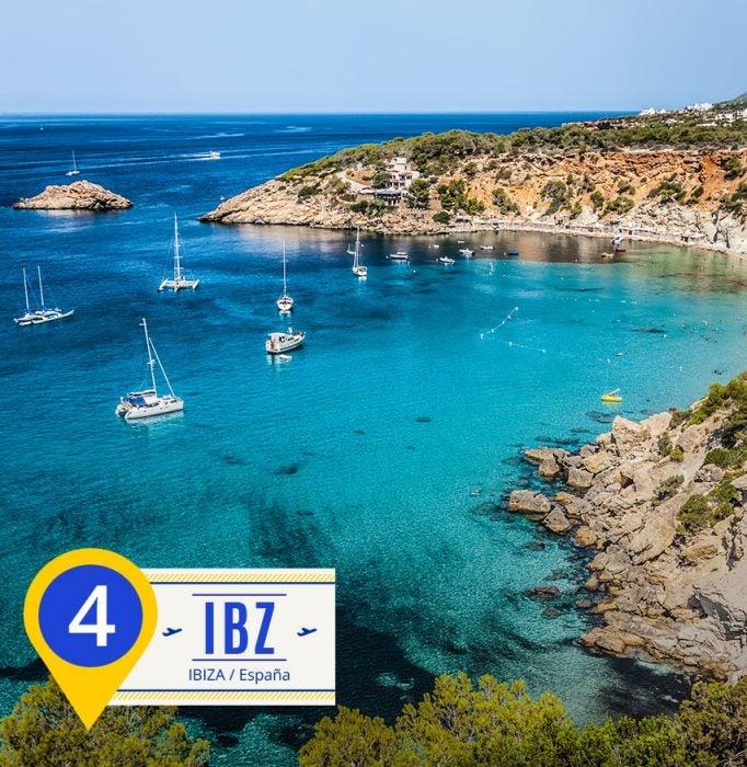 Ibiza. Destinos del verano