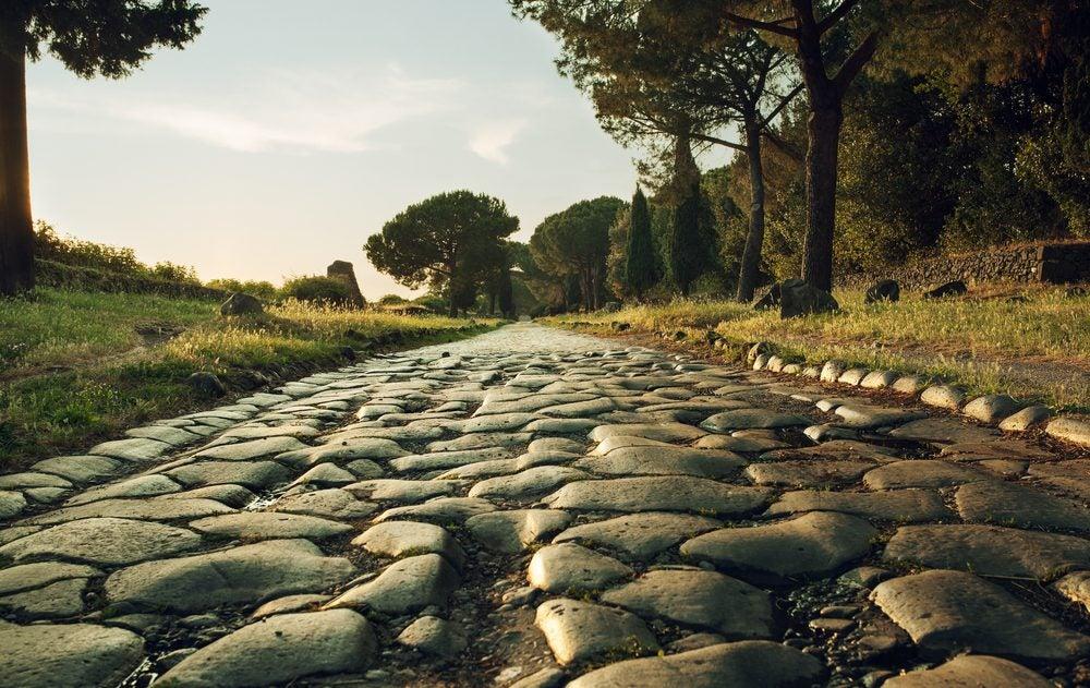Adoquines de la antigua Via Appia del Imperio Romano