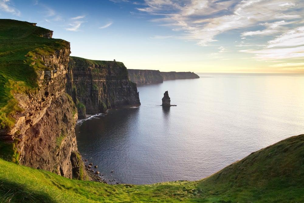 irish_landscape_69040969