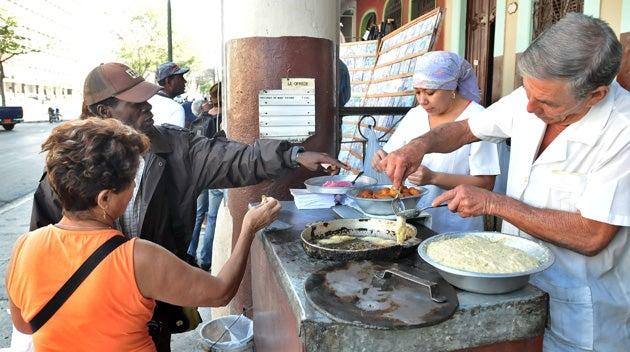 comida callejera en la habana