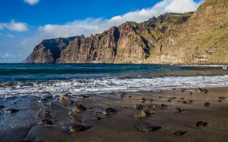Acantilados de los Gigantes en la isla de Tenerife
