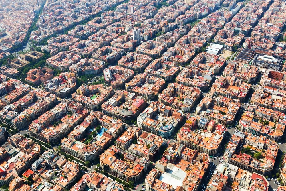 Vista de pájaro de el barrio del  Eixample en Barcelona