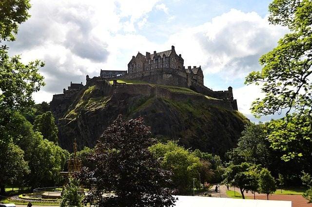 castle rock cosa vedere a edimburgo