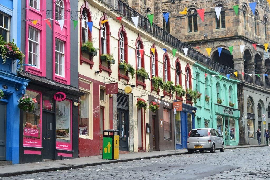 14 razones para viajar a Edimburgo. Victoria Street