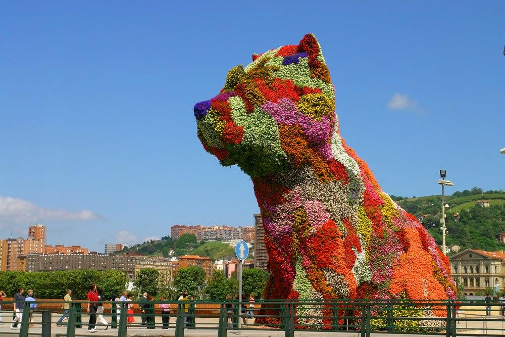 Escultura Puppy de Jeff Koons en Bilbao