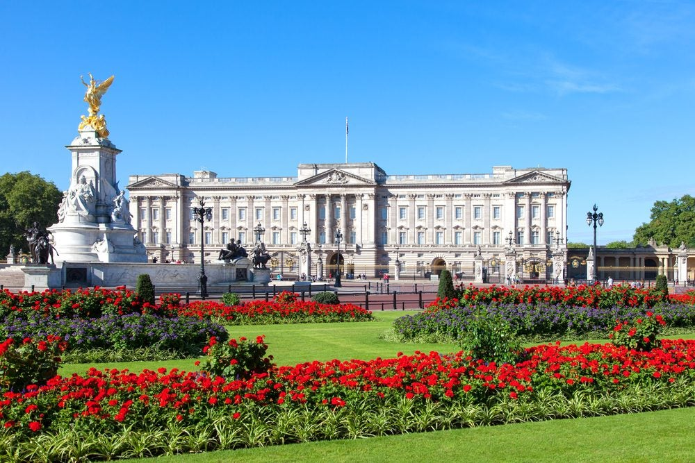Buckingham Palace en Londres, residencia oficial de la monarquía inglesa e Isabel II