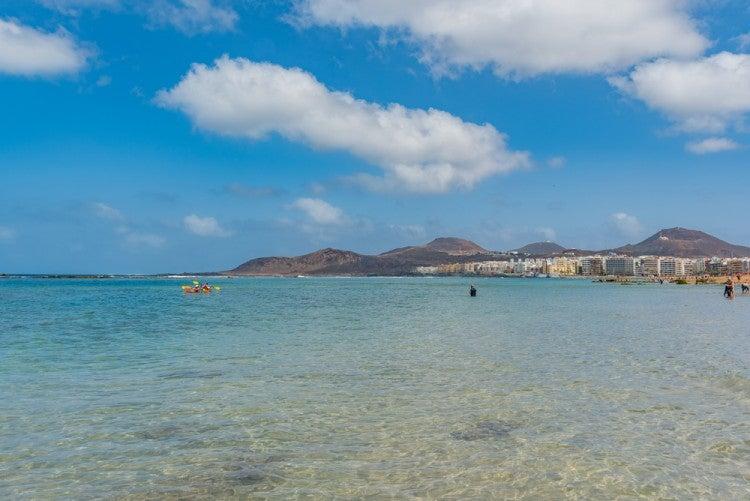 Playa de las Canteras en la isla de Gran Canaria