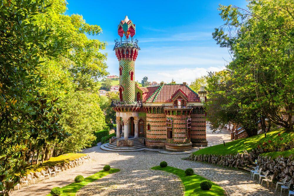 El Capricho de Gaudí o Villa Quijano en Comillas, de lo mejor que ver en Cantabria